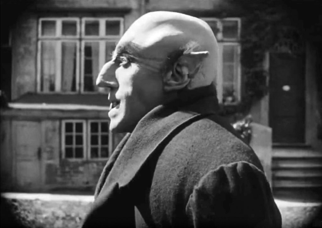 Orlok arrives in Wisburg, Nosferatu 1922